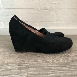 Taryn Rose suede wedges- size 6.5